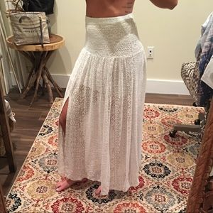 Hollister white lace skirt size XS